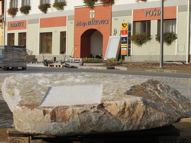 Blížkovice budou mít nově opravené náměstí. Slavnostní otevření náměstí plánuje vedení městyse na státní svátek, tedy 28. října.