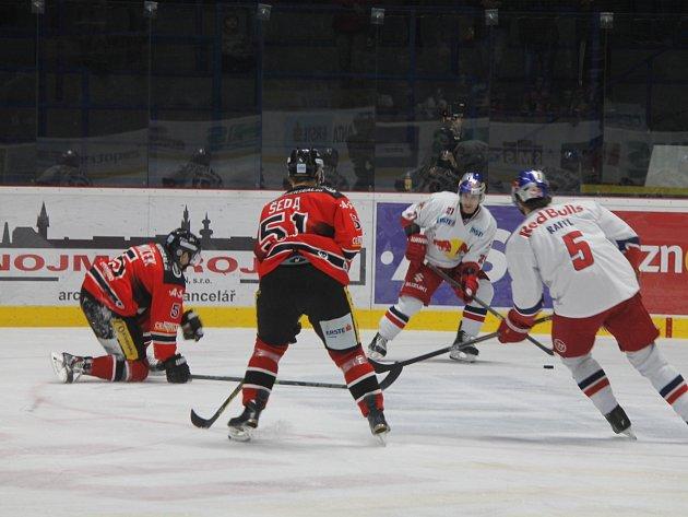 Hokejisté Znojma prohráli se Salzburgem na nájezdy 3:4.