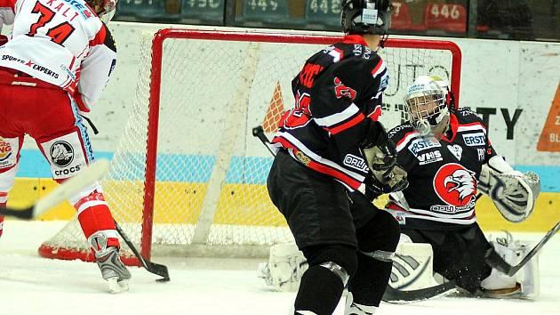 Hokejové utkání mezi Znojmem a Klagenfurtem - ilustrační foto.