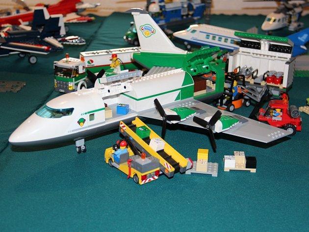 Výstava výtvorů ze slavné stavebnice Lego je k vidění v jevišovické Sýpce.
