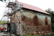 Vedení Vrbovce nechává opravit kapli Panny Marie Pomocné v zaniklé obci Ječmeniště.