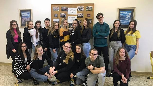 Studentky a studenti střední školy GPOA v Pontassievské ulici vybrali přes třiadvacet tisíc korun na zvířata, postižená australskými požáry.