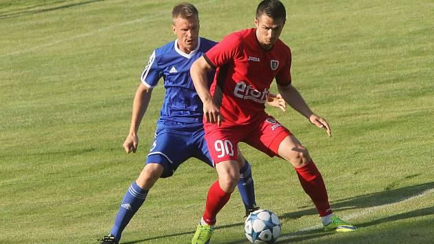Znojemští fotbalisté nestačili na vicemistra polské ligy a učastníka 2. předkola Evropské ligy Gliwice 0:1. Tým vede český trenér a vicemistr ME 1996 Radoslav Látal.