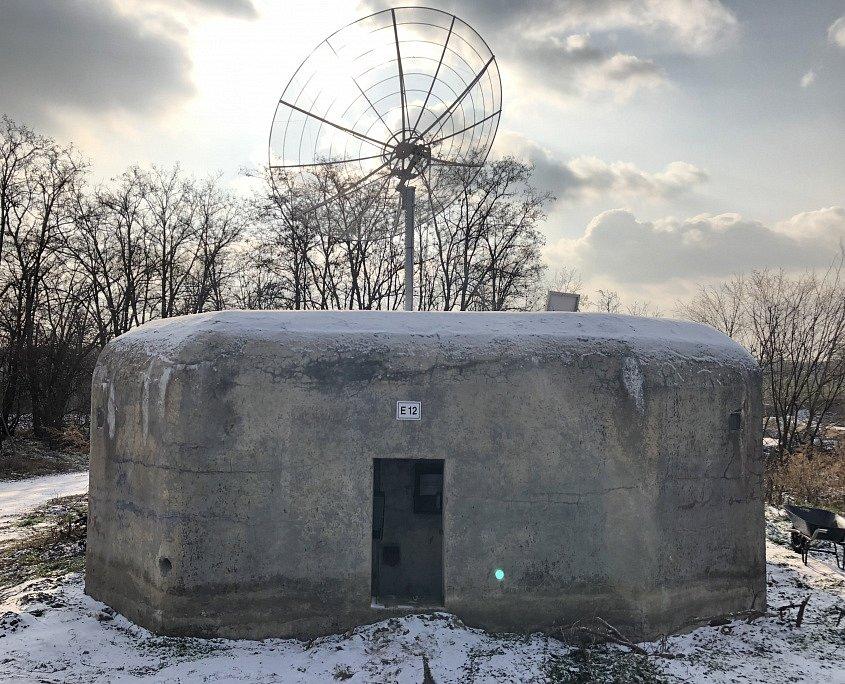 Jako ve sci-fi: u Znojma bude řopík se satelitem