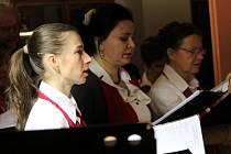 Členové Pěveckého sdružení Vítězslav Novák si připravili pro své příznivce novoroční koncert.