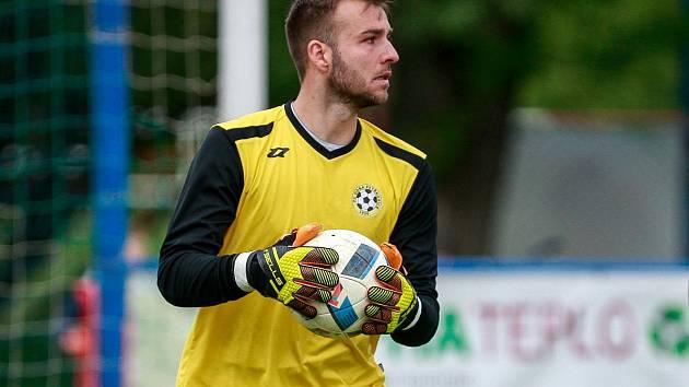 Brankář Antonín Buček.