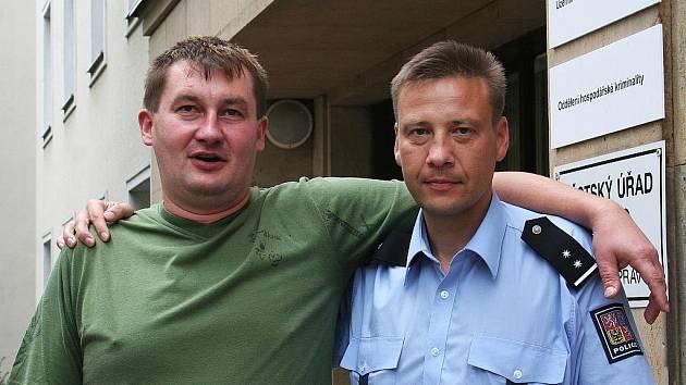 Policista Marek Změlík a jeho kamarád Ladislav Zedníček.