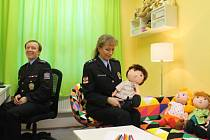 Policisté na Znojemsku mají novou speciální výslechovou místnost. Profesionálové z řad policie či sociálních pracovníků v ní mohou taktně a šetrně hovořit s dětmi.