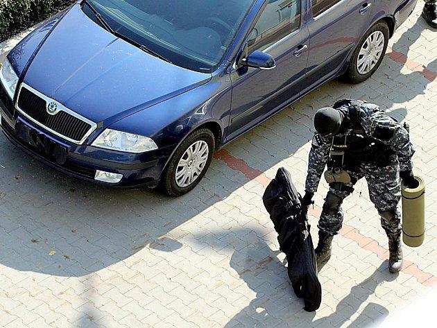 Policejní sniper.