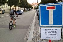 Už od rána 12. září začínají první dopravní omezení kvůli Znojemskému historickému vinobraní v centru Znojma.