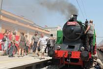 Nostalgická vyjížďka parním vlakem uspořádaná Spolkem pro veřejnou dopravu na jihozápadní Moravě. Ilustrační foto.