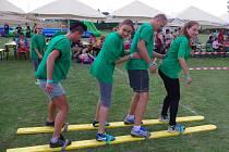 Křepičtí zorganizovali už posedmé Hry bez hranic. Bavili se členové čtrnácti družstev i stovky diváků.
