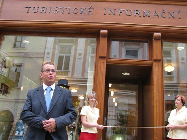 Infocentrum vítá turisty v novém