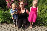 Geoložka a matka dvou malých dětí Tereza Pavelková ze Znojma neváhala a nastoupila jako dobrovolnice do nemocnice.