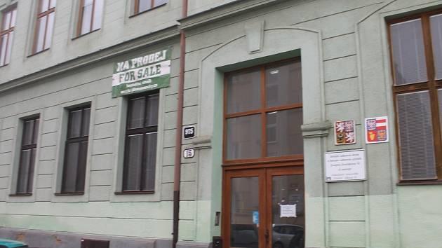 Školní budovy ve znojemské Alšově ulici.