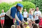 Děti bavilo divadelní představení.