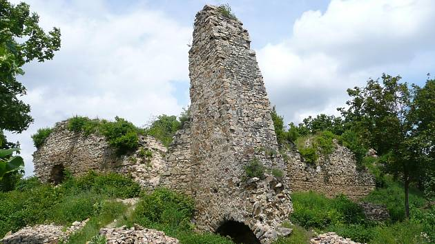 Zřícenina hradu Templštejn. Ilustrační foto.