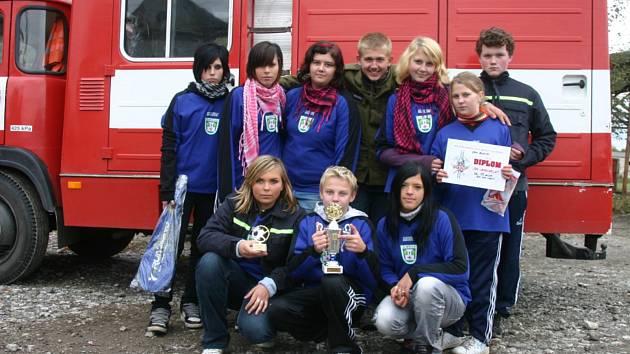Soutěžní družstvo mladých jamolických hasičů
