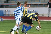 Nedělní odpolední fotbalový zápas mezi celky 1.SC Znojmo B a Dobšicemi vyhrálo Znojmo 3:1 (0:1).