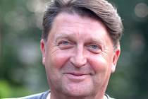 Ve znojemském florbalovém  oddílu zastává Bedřich Daberger funkci předsedy, v plavání je ředitelem znojemské plavecké školy.
