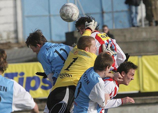 Znojemští fotbalisté se postaví proti Třebíči.