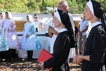 Meditační křížová cesta Bedřišky Znojemské a Petra Vystrčila.