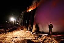 Požár uskladněného sena v Dyjákovičkách.