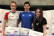 Znojemský plavec Adam Hlobeň (první zleva) získal druhé místo na Velké ceně Slovenska.