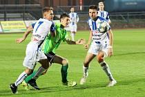 Fotbalisté třetiligového Znojma (bílo-modří) sehrají v pátek přátelské utkání s Blanskem.