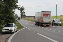 Na silnici I/38, v místě křižovatky na Žerůtky a Kravsko, srazilo auto cyklistu. Toho odvezla sanitka do nemocnice.