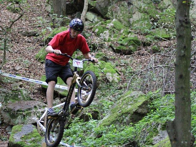 Ve znojemském Gránickém údolí se jel finálový závod Evropského poháru a předposlední závod mistrovství ČR v biketrialu.