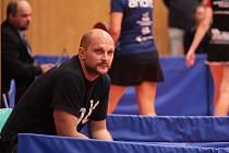 Trenér stolních tenistek Moravského Krumlova Jindřich Bíla.