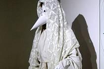 Již od pátku mohou lidé obdivovat novou výstavu věnovanou kozelným bytostem vánočního období v prostorách minoritského kláštera ve Znojmě.