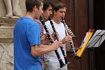 Hudebníkům všech žánrů, profesionálům i amatérům, patřilo v pátek centrum Znojma. Připomněli si Svátek hudby.