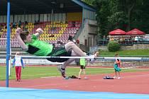 Třetí kolo atletické soutěže staršího žactva jihomoravského kraje se konalo v neděli ve Znojmě.