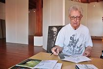 John Omond Mucha, vnuk malíře Alfonse Muchy