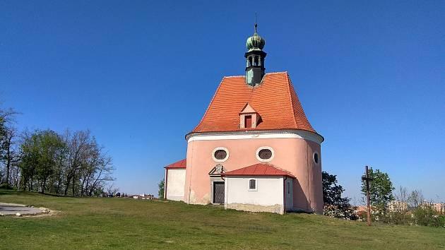 Kostel sv. Antonína na Hradišti uchovává i díla malíře Adalberta Raddy.