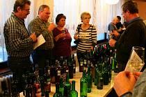 Miroslavští vinaři uspořádali již pátý ročník ochutnávky mladých vín.