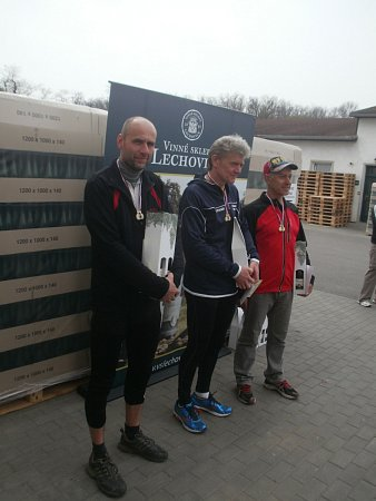 Běžecký pohár Znojma cílí ke svému závěru. Deváty závod si účastníci zaběhli vBoroticích.