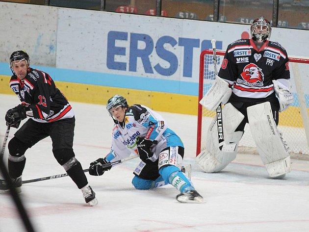 Hokejisté Znojma v utkání s Lincem - ilustrační foto.