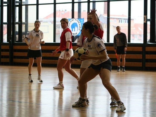 Korfbalový zápas mezi týmy Znojma a Brna