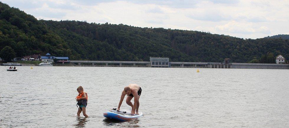 Vody v nádrži vranovské přehrady je na začátku července dostatek.