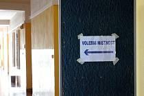 Volby nanečisto si ve středu 2.10. vyzkoušeli studenti SOU a SOŠ na Přímětické ve Znojmě.