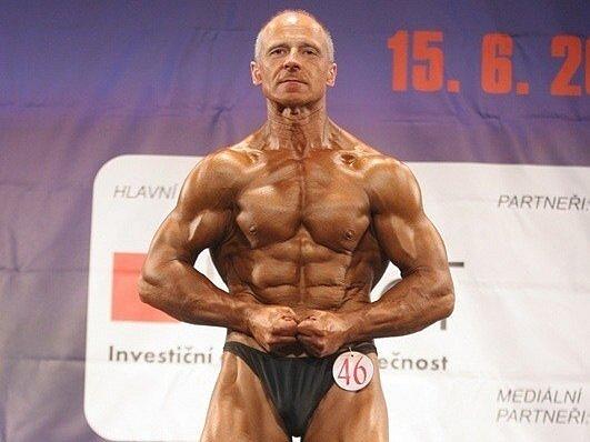 Luboš Bednář obhájil prvenství ve své kategorii na mezinárodním mistrovství České republiku. Celkově byl pátý.