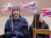 Oslavy 1. máje pojali hnaničtí už popáté jako recesi. Smíchu bylo plno.