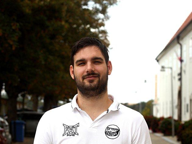 Už šestou sezonu zahájí trenér Jan Šťastník u florbalového týmu mužů.