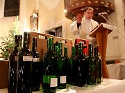V kostele svatého Jiljí v Jaroslavicích žehnali mladým vínům.