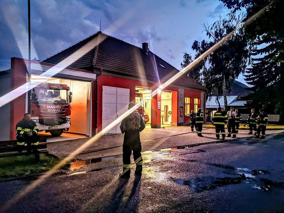 Višňové: hasiči.