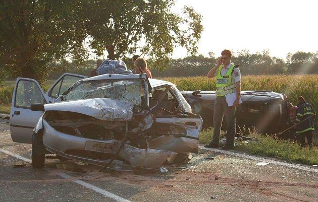Agrsivní předjíždění způsobilo vážnou nehodu