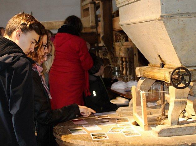 Akcí Jaro ve mlýně přiblížili pracovníci Technického muzea v Brně Vodní mlýn ve Slupi dětským návštěvníkům.